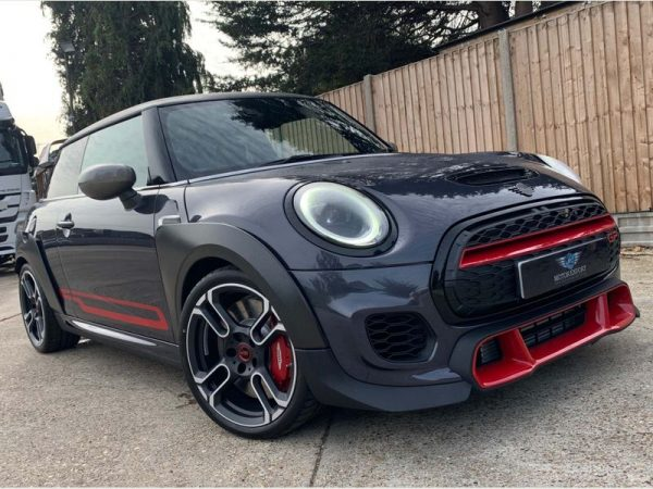 MINI HATCH 2020 (70 REG)